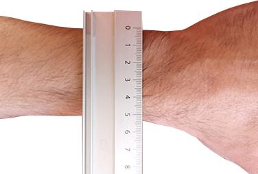 Spanne vom Arm plus 5mm